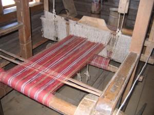 работающий ткацкий станок!